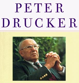 Peter Drucker una excelente referencia.